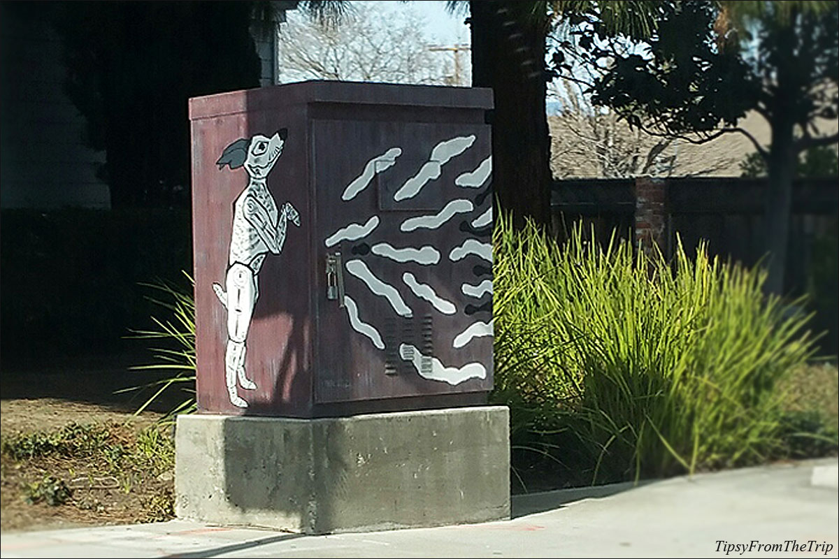 Utility box mural