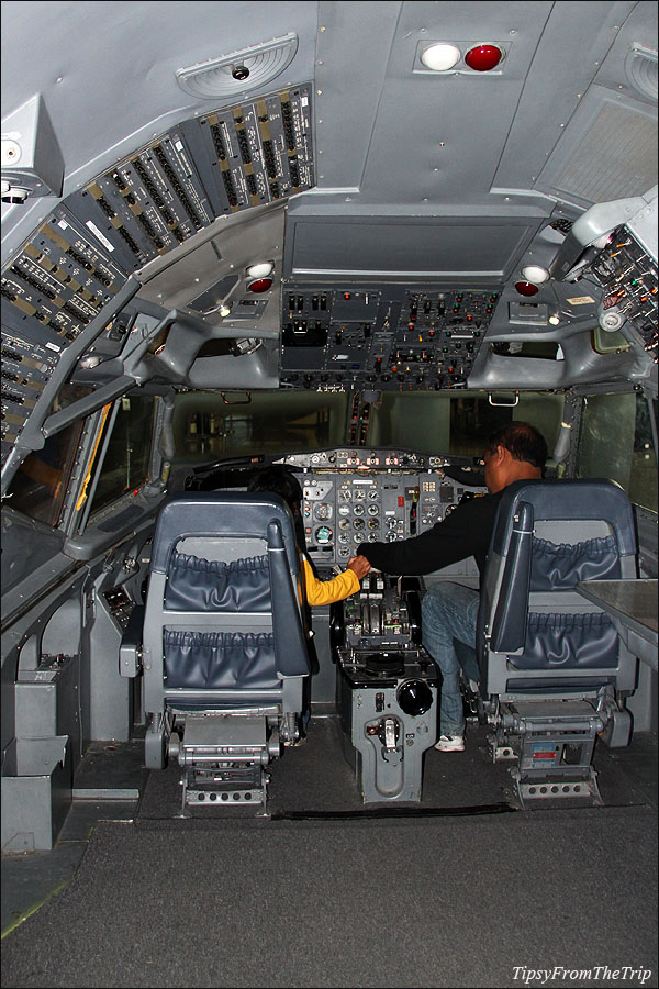A Boeing Flight deck at Future of Flight Aviation Center