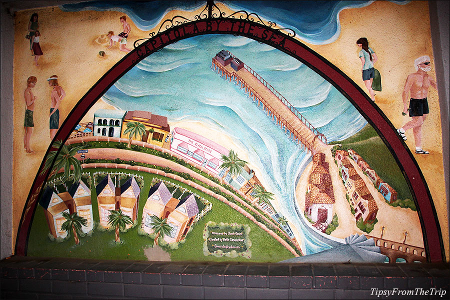 Capitola by the sea mural, Beth Cleventine.