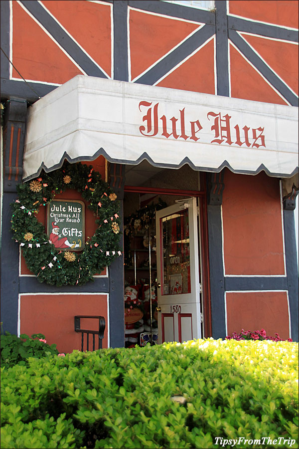 Jule Hus: all year round Christmas Store in Solvang