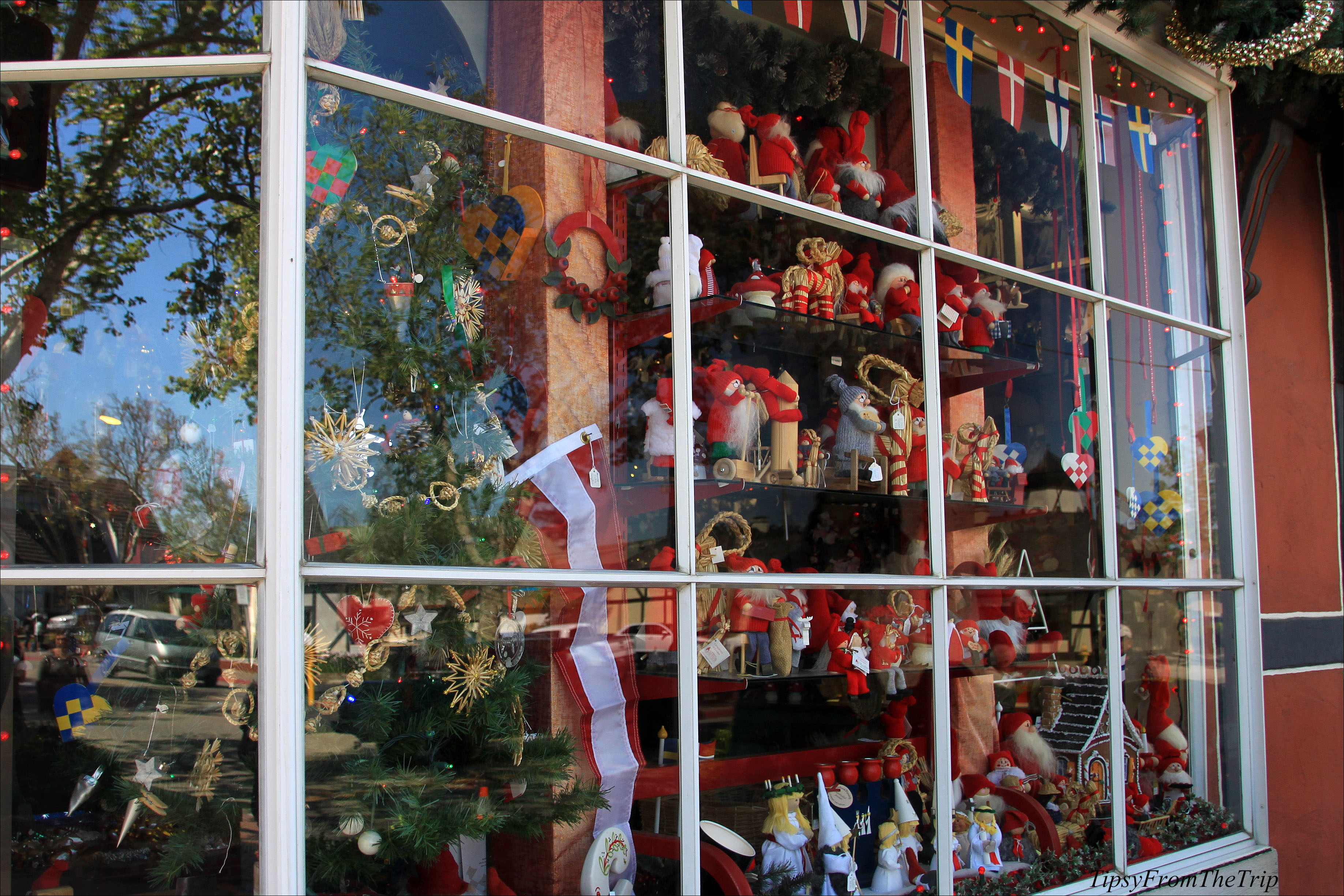 Jule Hus: Solvang's all year round Christmas Store