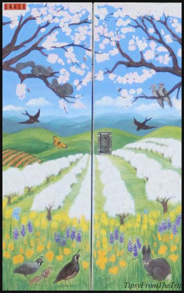 Found in Saratoga -- utility box art by Tina Liddie.